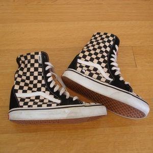 VANS (Youth/WS Sz 5.5) Hi Top Checkerboard Shoes